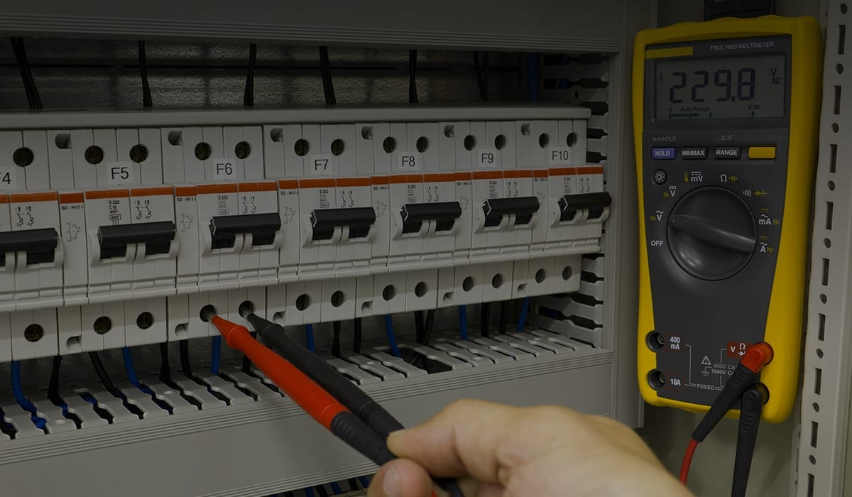 Electrician Eicr Edinburgh Electrical Testing Pat Domestic Wiring Installation Consumer Unit Fuse Board And Electricians Multimeter